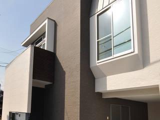 スキップフロアの家 モダンな 家 の 有限会社 室設計事務所 モダン
