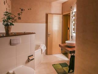 Salle de bains de style  par Axel Freund Fliesenlegermeister