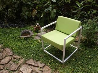 Sillón (modelo Cuatro):  de estilo  por CASA-BE