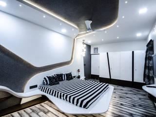 Villa Interior :  Bedroom by Maulik Vyas Architects