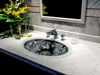 SLAVIA CRYSTAL MARGERITA FR  Decor SC-WB010 : SLAVIA  CRYSTALが手掛けた浴室です。,クラシック