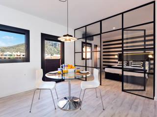 ISLABAU constructora Modern dining room