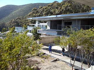 Modern houses by Jenny Mills Architects Modern