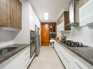 Casa AG: Casas de estilo  por DMS Arquitectas, Moderno