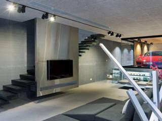Garagens e arrecadações  por Pedro Ribeiro - homify
