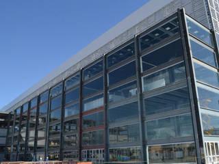 Edificações Metálicas / Múltiplos Andares Edifícios comerciais clássicos por Kapp Industrial do Brasil Clássico