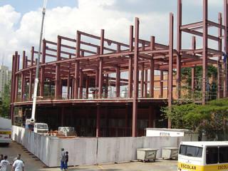 Edificações Metálicas / Múltiplos Andares Edifícios comerciais rústicos por Kapp Industrial do Brasil Rústico