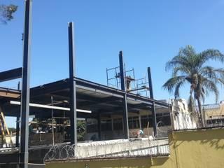 Estruturas Metálicas / Galpões / Mezaninos/Passarelas/Plataformas/Coberturas/Escoramentos Metálicos/ Lojas & Imóveis comerciais industriais por Kapp Industrial do Brasil Industrial