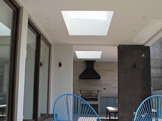ESTUDIO BASE ARQUITECTOS Terrace White