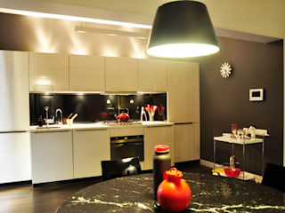 Minimalist kitchen by Synectics partners Minimalist