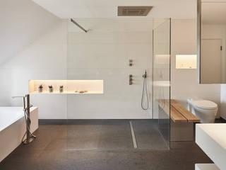 Luxusbad, Haus K Moderne Badezimmer von Philip Kistner Fotografie Modern