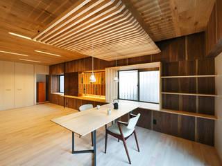 6th studio / 一級建築士事務所 スタジオロク ห้องนั่งเล่น ไม้ Wood effect