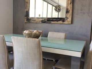 Cristina Cortés Diseño y Decoración Dining roomAccessories & decoration Copper/Bronze/Brass Grey