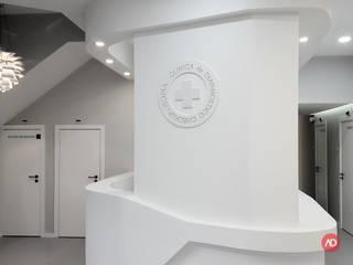 ARCHDESIGN LX Cliniche in stile minimalista MDF Bianco