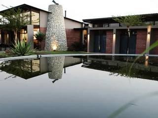 modern  by Sm!t Architects, Modern