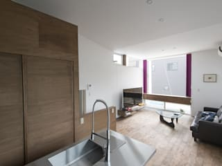 Modern living room by 加藤淳一級建築士事務所 Modern