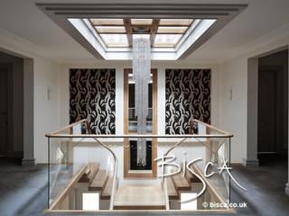 Contemporary Staircase Design Dewsbury Bisca Staircases Pasillos, vestíbulos y escaleras de estilo moderno