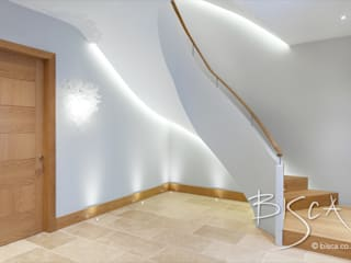 Contemporary Helical Staircase, London Bisca Staircases Ingresso, Corridoio & Scale in stile moderno