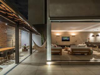 Salas de estilo  por Andréa Buratto Arquitetura & Decoração