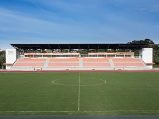 Stades modernes par Tartan Arquitetura e Urbanismo Moderne
