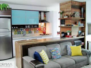 Nhà bếp by PANORAMA Arquitetura & Interiores