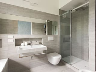 Salle de bain moderne par Luigi Brenna Architetto Moderne