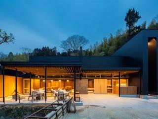 Moderne Ladenflächen von 有限会社ミサオケンチクラボ Modern