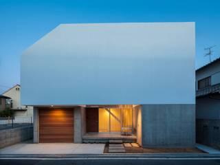 Moderne Häuser von 有限会社ミサオケンチクラボ Modern