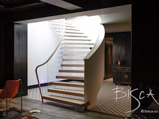 Basement Helical Staircase Design 4389 Bisca Staircases Sala multimediale eclettica