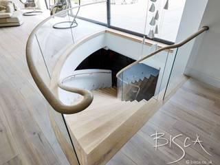Basement Helical Staircase Design 4389 Bisca Staircases Cocinas de estilo escandinavo