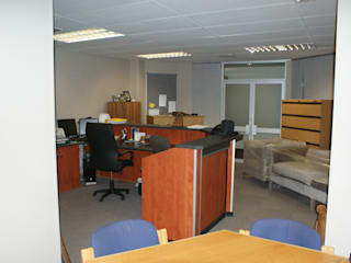 Medical Consulting Rooms, Bloemfontein by Sm!t Architects Modern