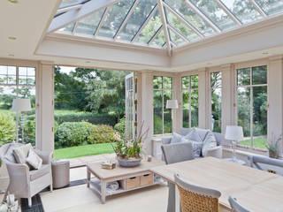 Interesting Orangery with Dentil Moulding Konservatori Klasik Oleh Vale Garden Houses Klasik