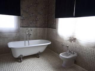 Baño : Baños de estilo  de Conely