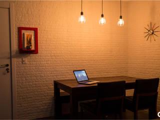 Sala Jovem Solteiro Salas de jantar industriais por CTRL | arquitetura e design Industrial