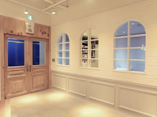 Study/office by 홍예디자인, Classic