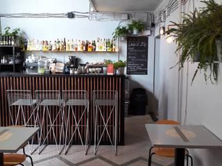 Bares y Clubs de estilo  por Sic! Zuzanna Dziurawiec, Ecléctico