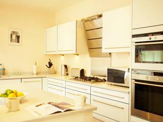 Aumenta a família, aumenta a casa Architect Your Home Cozinhas modernas