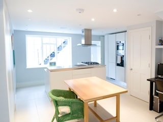 3 Bed Terraced House in Islington, London Absolute Project Management Moderne Küchen