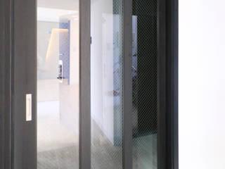 중흥마을 37평 Modern Windows and Doors by 금화 인테리어 Modern