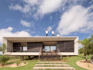 現代房屋設計點子、靈感 & 圖片 根據 Joana França 現代風