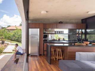 Casa Solar da Serra - 3.4 Arquitetura: Cozinhas  por Joana França,Moderno