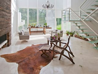 Country style living room by IDALIA DAUDT Arquitetura e Design de Interiores Country