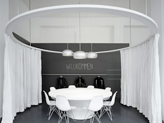 360 brand connection Loftoffice by INpuls interior design & architecture Modern