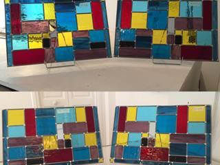 Vitrail contemporain multicolore Couloir, entrée, escaliers modernes par L'Ame du Vitrail Moderne