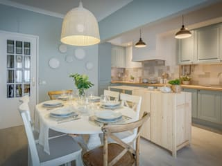 Dining room by homify, Scandinavian