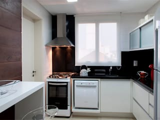 Cocinas de estilo moderno de Angela Ognibeni Arquitetura e Interiores Moderno