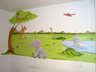Nursery/kid's room by Murales y Cuadros por Paula Mínguez