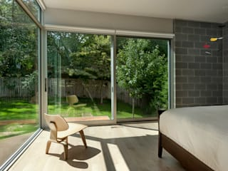 Casa Abierta Modern Bedroom by KUBE Architecture Modern