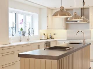 Felsted - Essex:  Kitchen by en masse bespoke