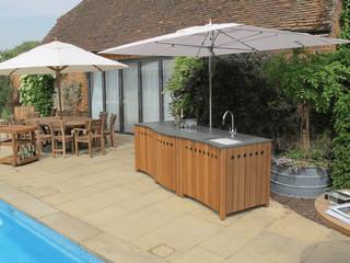 The Gaze Burvill Outdoor Classic Kitchen:   by Gaze Burvill